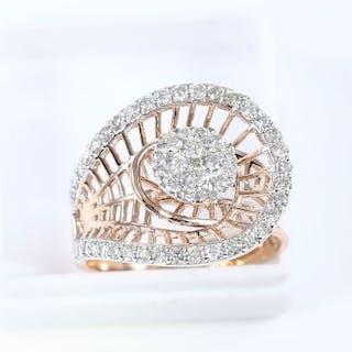 18 K /750 Yellow Gold IGI Certified Designer Diamond ring