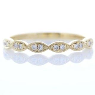 18ct Yellow Gold Semi Eternity Fancy Diamond Ring 0.11 Unworn As New Carats