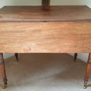 Antique Furniture Pembroke 2 Leaf Table Furniture Pembroke 2 Leaf Table