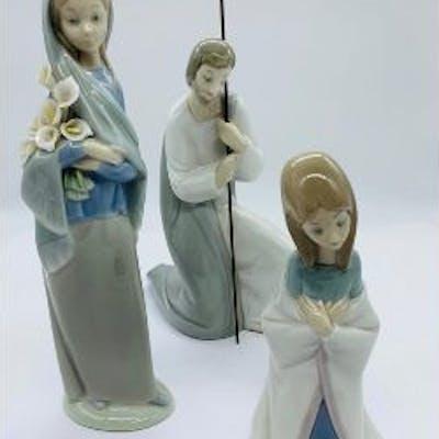 Three lladro figures
