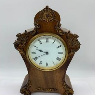 A French style mahogany mantle clock