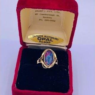 An Australian Opal ring set in 9ct gold.