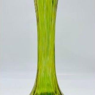 Loetz Diana Cisele iridescent Art Nouveau glass vase c.1900 30.5cms H