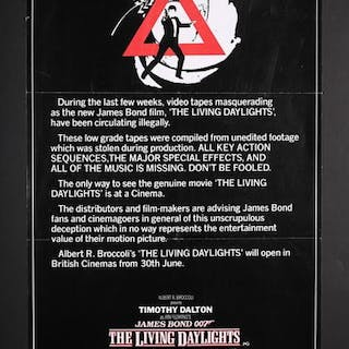 Lot #165 - JAMES BOND: THE LIVING DAYLIGHTS (1987) - UK Double-Crown