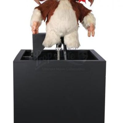 Lot #327 - GREMLINS 2: THE NEW BATCH (1990) - Oversized Gizmo Puppet