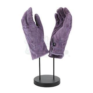 Lot #107 - BATMAN (1989) - Joker's (Jack Nicholson) Purple Suede Gloves