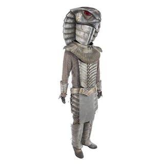 Lot #801 - STARGATE SG-1 (TV SERIES 1997-2007) - Serpent Jaffa Warrior Costume