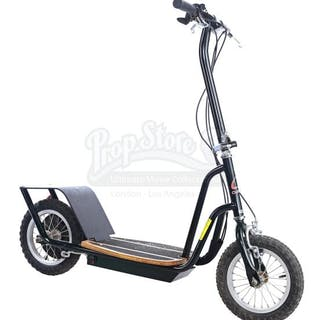 Lot # 43: FRIENDS - Electric Scooter Crew Gift
