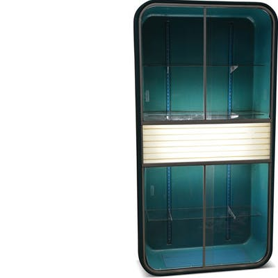GM-Chevrolet Showroom Accessories Parts Display Case with Lights c.