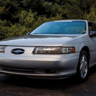 1995 Ford Taurus  classic car