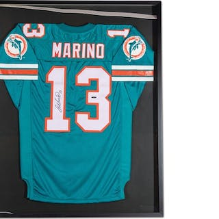Dan Marino Miami Dolphins Autographed Jersey classic car