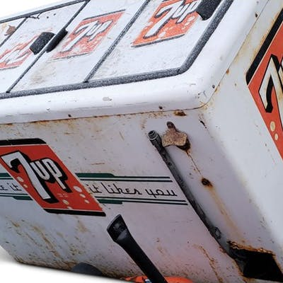 7Up Cooler Chest classic car