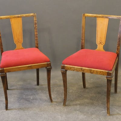 Två stolar 30/40tal (nytapetserade)