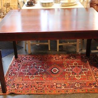 Körsbärsröd Matbord med Extra Skivor
