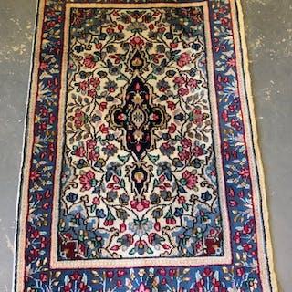 Orientalisk matta, Kirman ( 95 x 61 cm)