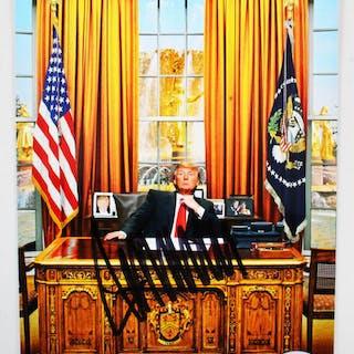 President Donald Trump Signed Photo – COA PSA/DNA