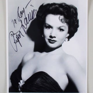 Piper Laurie Signed Photo – COA JSA