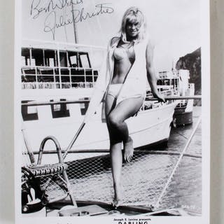 Julie Christie Signed Photo – COA JSA
