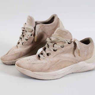 2016 Stephen Curry Worn Personal Shoes Warriors – COA Provenance LOA