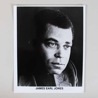 James Earl Jones Signed Photo – COA JSA