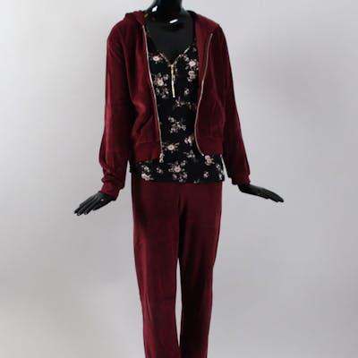 Mary Elizabeth Winstead Screen-Worn Suit & Shirt – Fargo Nikki Swango