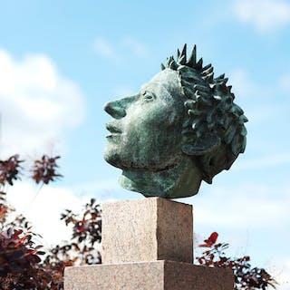 Astronomen, del av skulptur