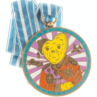Grayson Perry (b.1960) Teddy Bear Necklace Medal (Alan Measles), Grayson