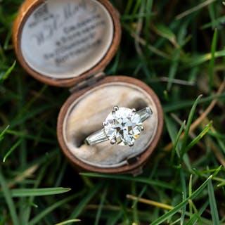 4 Carat Old European Cut Diamond Ring Platinum w/Baguettes 4.01Ct S-T/VS2