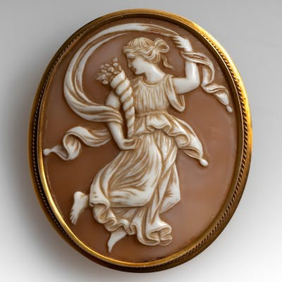 Antique Large Shell Cameo Brooch Pin 10K Yellow Gold