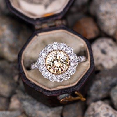Stunning Fancy Yellow VVS Diamond Halo Engagement Ring 1.27ct
