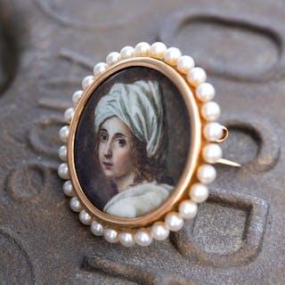 Miniature Portrait Antique Brooch Pin Saltwater Pearls 14K Gold
