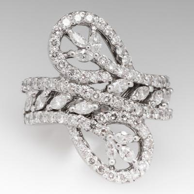 18K White Gold Diamond Cocktail Ring Marquise & Round Brilliant