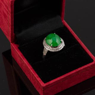 18k White Gold Jade and Diamond Ring