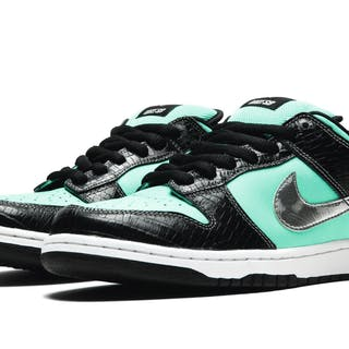 "NIKE | ""TIFFANY"" DUNKS 