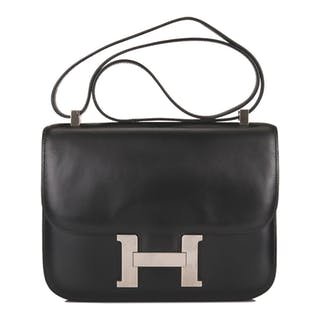 Hermès Black Constance 23cm of Box Leather with Palladium Hardware