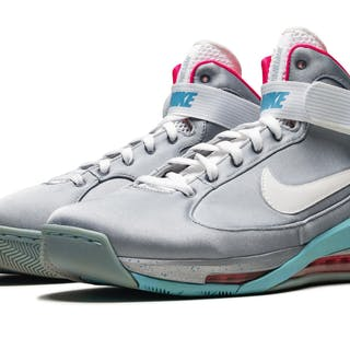 "NIKE | ""MARTY MCFLY"" COLLECTION 