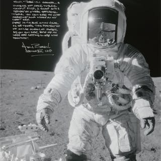 [APOLLO 12]. ALAN BEAN AT SHARP CRATER. BLACK AND WHITE PHOTOGRAPH