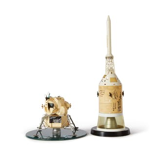 APOLLO SPACECRAFT CONTRACTORS MODELS. TWO MODELS (CSM AND LM), SIGNED