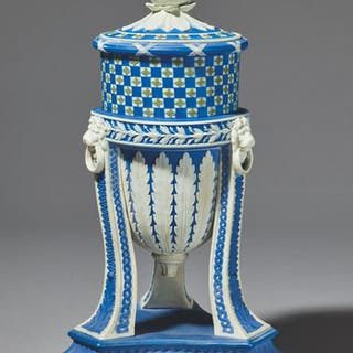 A WEDGWOOD THREE COLOUR JASPER-DIP CASSOLETTE VASE AND COVER CIRCA 1790