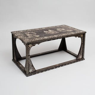 Korean Mother-of-Pearl Inlaid Lacquer Table