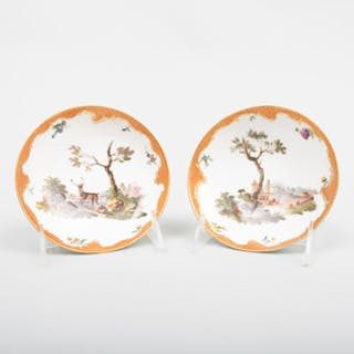 Pair of Meissen Porcelain Saucers with Hunting Scenes