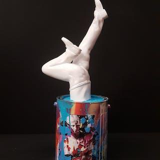 Art of the Bucket - Blanc/Venus