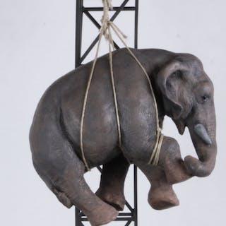 Eva, Marco e l'elefante
