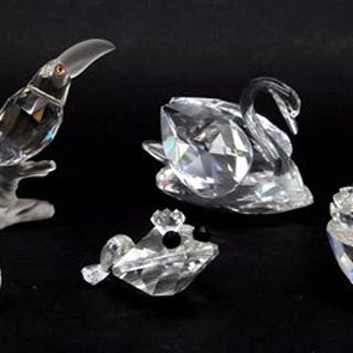 c8cb559a4 A collection of Swarovski Crystal – Current sales – Barnebys.com