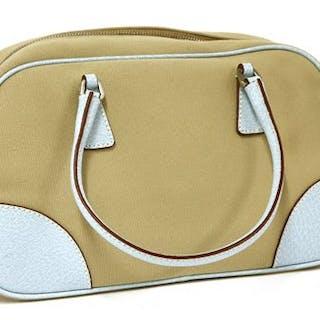 8a640a0940ed Handbags – Auction – All auctions on Barnebys.co.uk