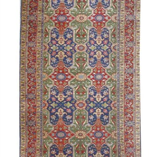 A Tabriz Kelley runner