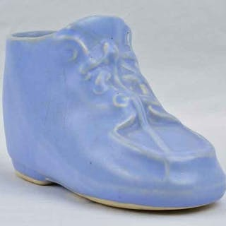 Nelson McCoy Pottery 1941 Mary Jane Matte Blue Baby Shoes