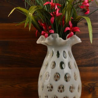 1947 Fenton French Opalescent Coin Dot Vase
