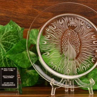 """Lalique Crystal 1970 Poan """"Peacock"""" Annual Plate"""