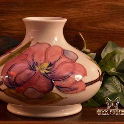 Moorcroft Pottery 1950-86 Pink Magnolia White Vase